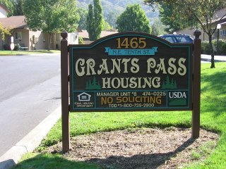 ups grants pass oregon